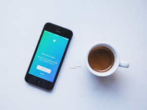 Before Twitter Patch, Private Messages May Have Been Vulnerable